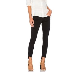 Frame Le Skinny Stagger Step Hem Black Jeans 30